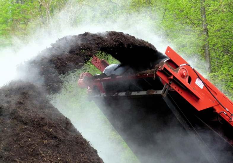 Il compost è un fertilizzante naturale fatto con gli scarti agricoli